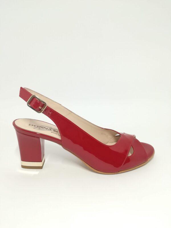 Sandalo in vernice rossa
